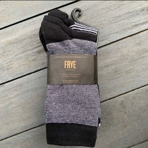 New Frye socks 3 pack fits shoe size 5 - 10